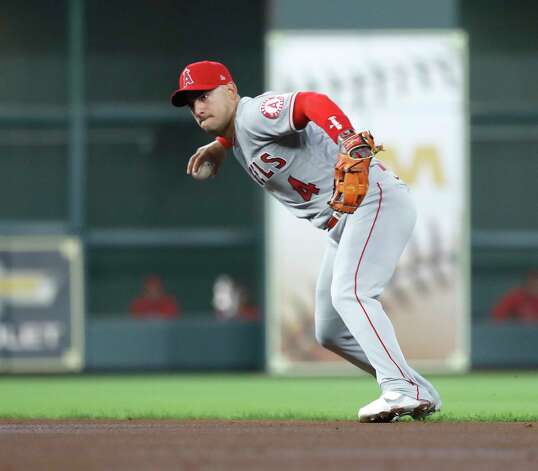 Los Angeles Angels shortstop Jose Iglesias (4) fields Houston Astros Robel Garcia'd ground ball out during the second inning of an MLB baseball game at Minute Maid Park, Sunday, April 25, 2021, in Houston. Photo: Karen Warren, Staff Photographer / @2021 Houston Chronicle
