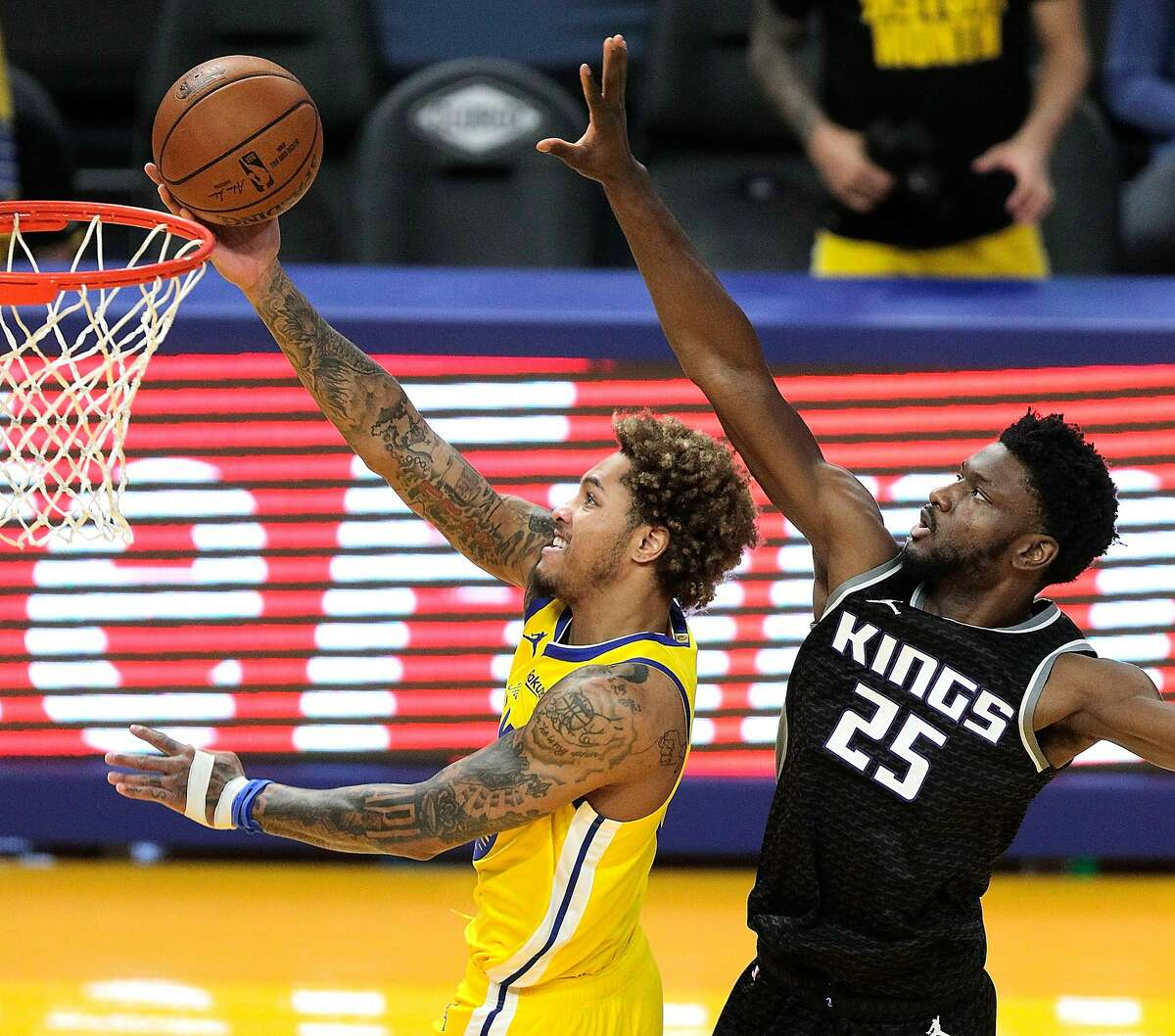 Kelly Oubre Jr. averaged 15.4 points game for the Warriors in 2020-21, but the team did better when he was on the bench.