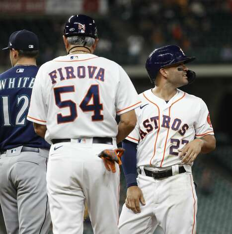 Houston Astros Jose Altuve (27) after hitting an RBI single off of Seattle Mariners starting pitcher Justus Sheffield (33) during the fourth inning of an MLB baseball game at Minute Maid Park, Monday, April 26, 2021, in Houston. Photo: Karen Warren/Staff Photographer / @2021 Houston Chronicle
