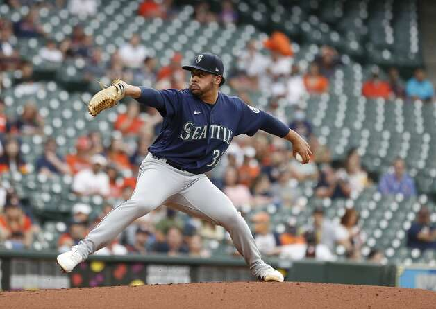 Seattle Mariners starting pitcher Justus Sheffield (33) pitches during the first inning of an MLB baseball game at Minute Maid Park, Monday, April 26, 2021, in Houston. Photo: Karen Warren/Staff Photographer / @2021 Houston Chronicle