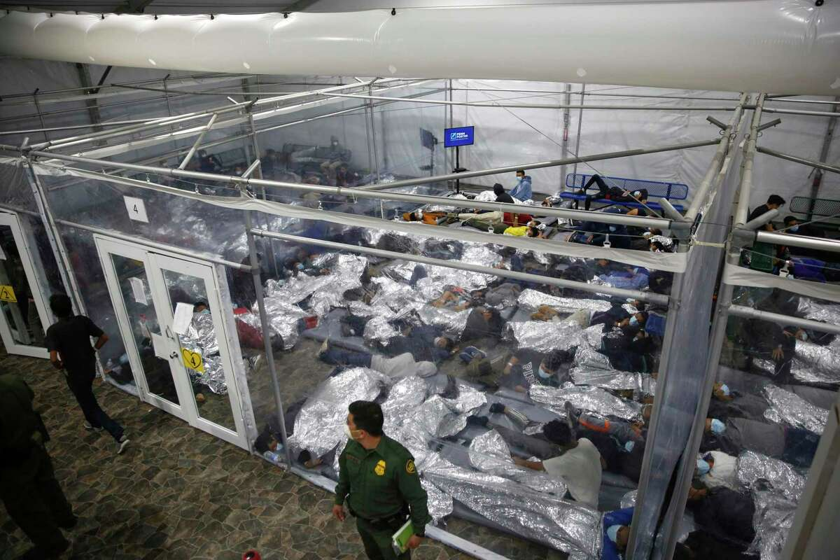 Children are detained at a Department of Homeland Security holding facility in Donna. A reader calls on Congress to embrace comprehensive and humane immigration reform.