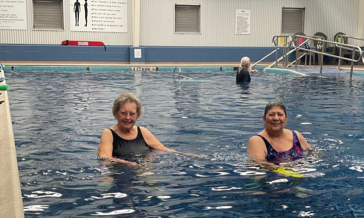 Arthritis affects 54 million children and adults in the United States, and according to the Centers for Disease Control, the disease limits the activities of about 1 in 4. One of the best ways to fight back against arthritis is through exercise -- specifically, workouts in the water.