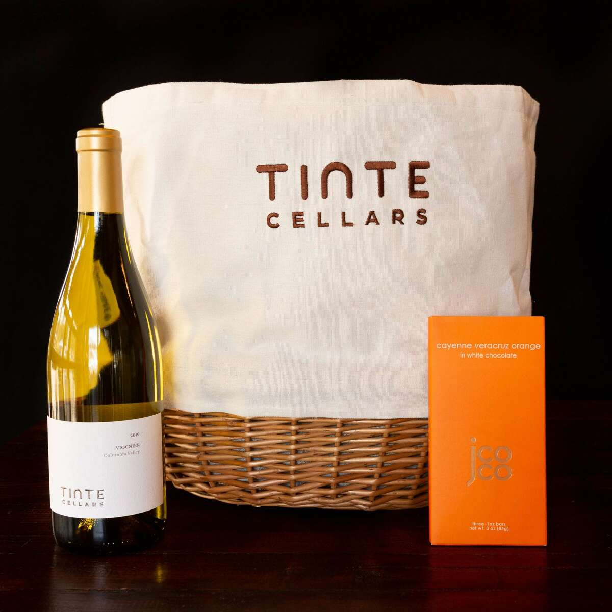Tinte Cellars Mother's Day package.