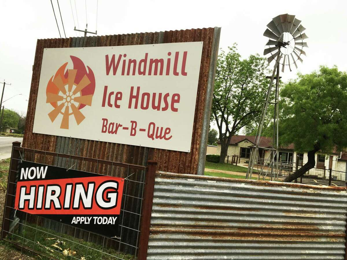Windmill Ice House & Bar-B-Que is located at 2769 Nacogoches Road, just outside Loop 410 on nearly 1 acre of land.