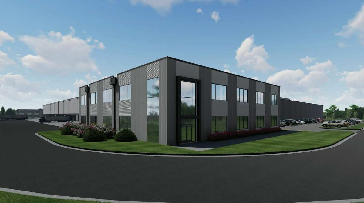 A joint venture of Boomerang Interests and CenterSquare Investment Management is developinga speculative 315,101-square-foot cold storage warehouseat 7500 Uvalde Road. Arco Design/Build is designing and constructing Houston ColdPort.
