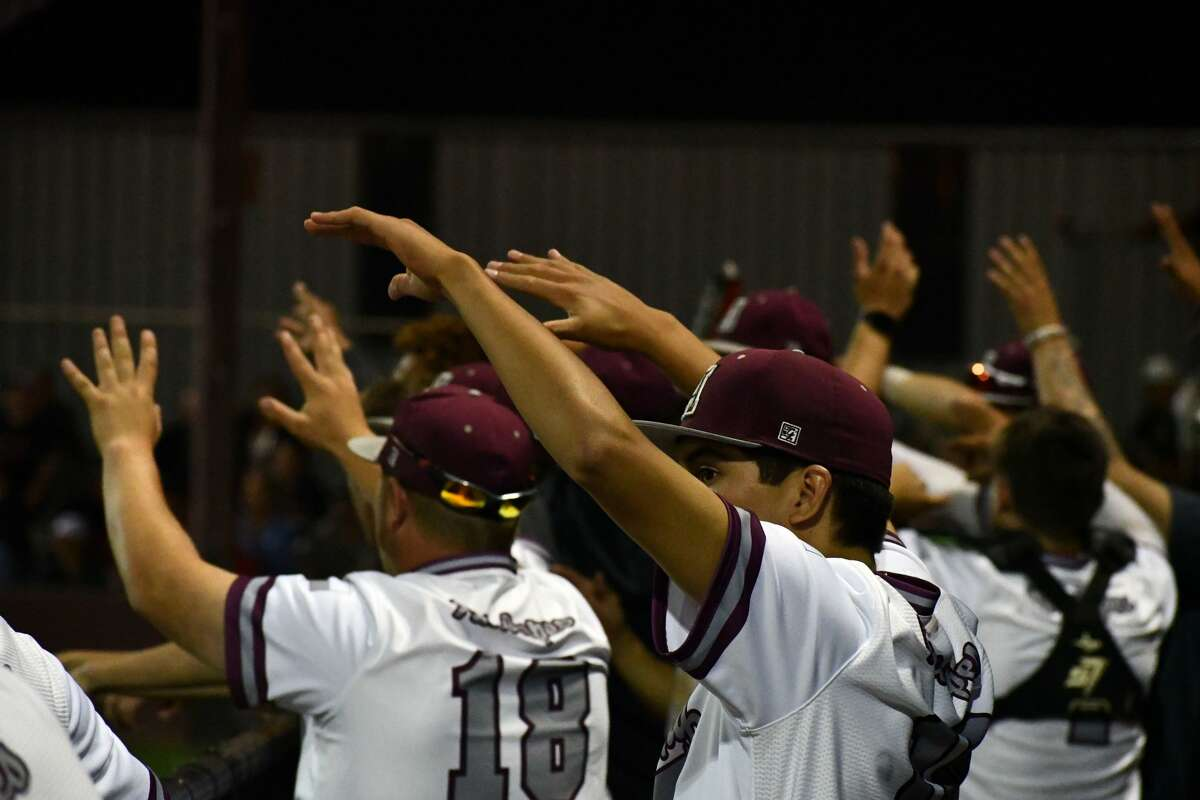 Abernathy suffered a 6-3 loss to Shallowater in a District 2-3A baseball game on Tuesday at Abernathy. The Mustangs claimed the outright district title with the win.