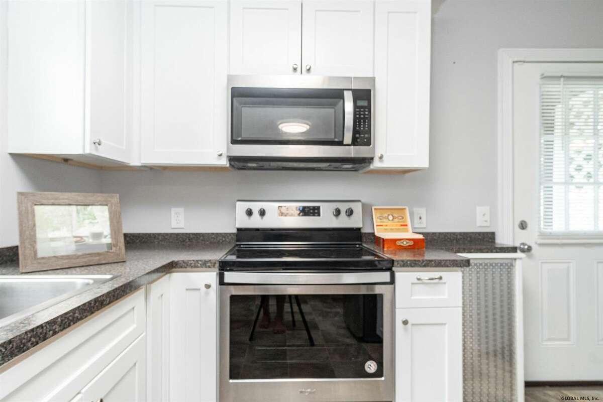 $199,900. 44 Mercer Street, Guilderland, 12203.View listing.