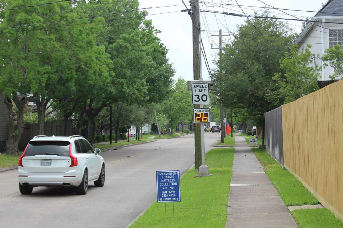 Residents who live off Weslayan St came out in support of West University Place's city council's unanimous decision to reduce the majority of the city's speed limits from 30 mph to 25 mph on April 26.