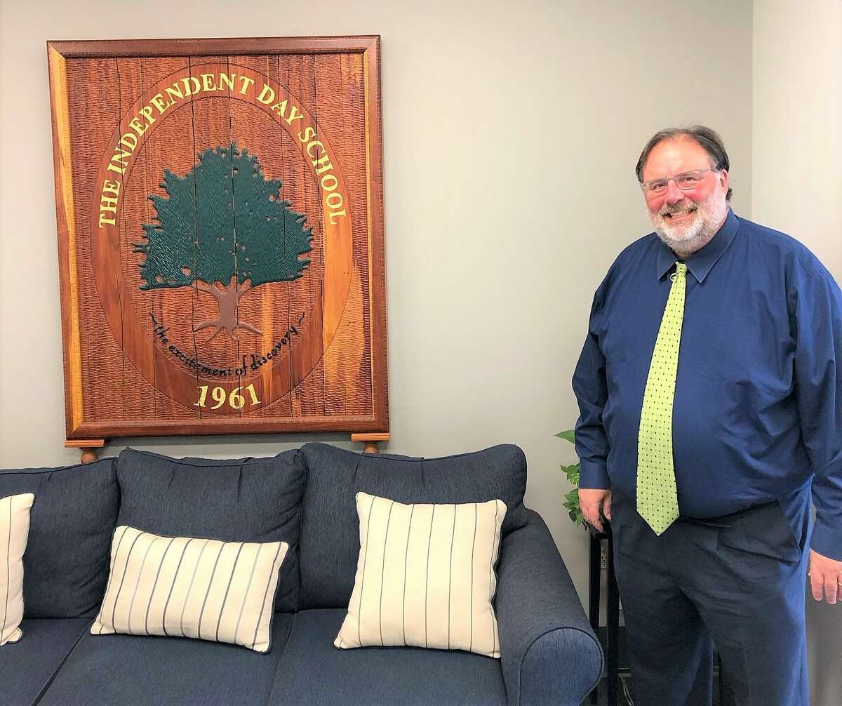 The Independent Day School of Middlefield has hired David Sizemore as its new assistant head of school.