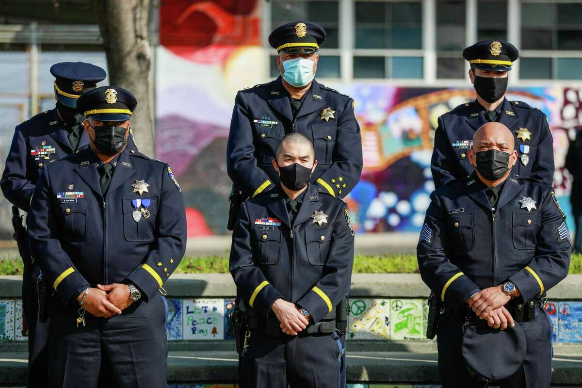 In a case involving Oakland police, a state appeals court has ruled that officers being questioned by a disciplinary agency have no right to see the agency's confidential reports until the questioning is over. The conflicts with another appeals court ruling, so the dispute must now be resolved by the state Supreme Court.