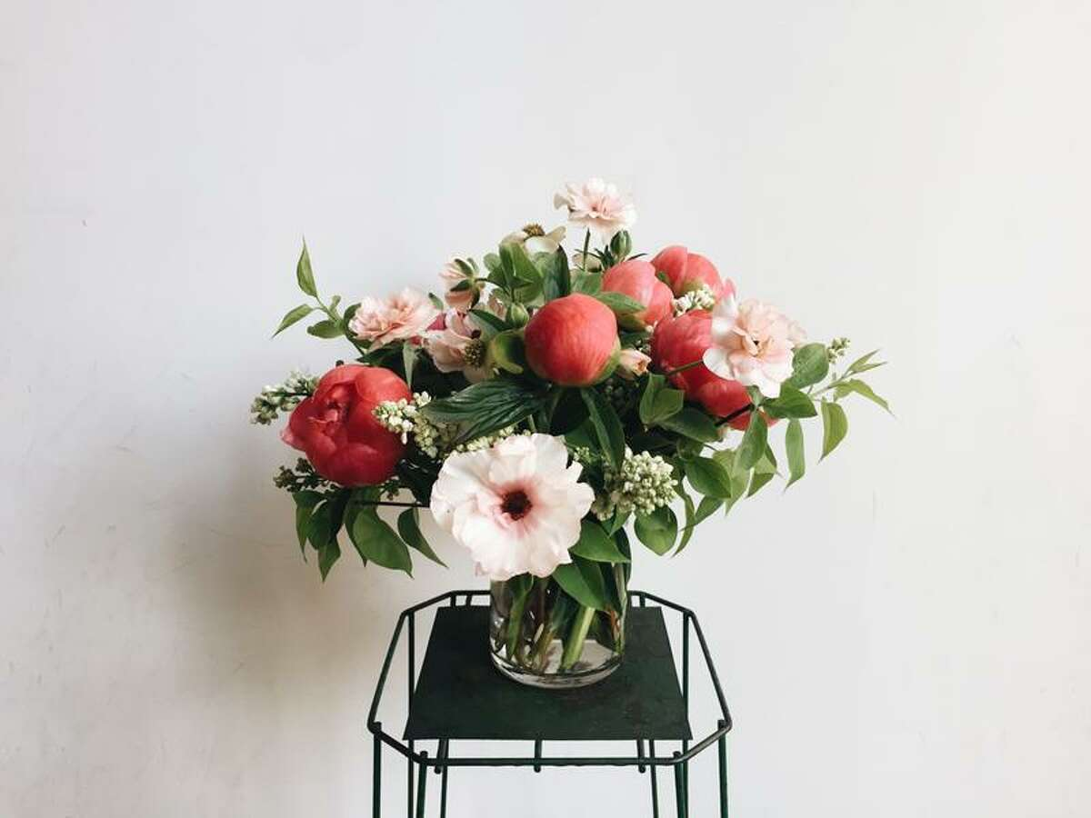Flower arrangement from London Plane.