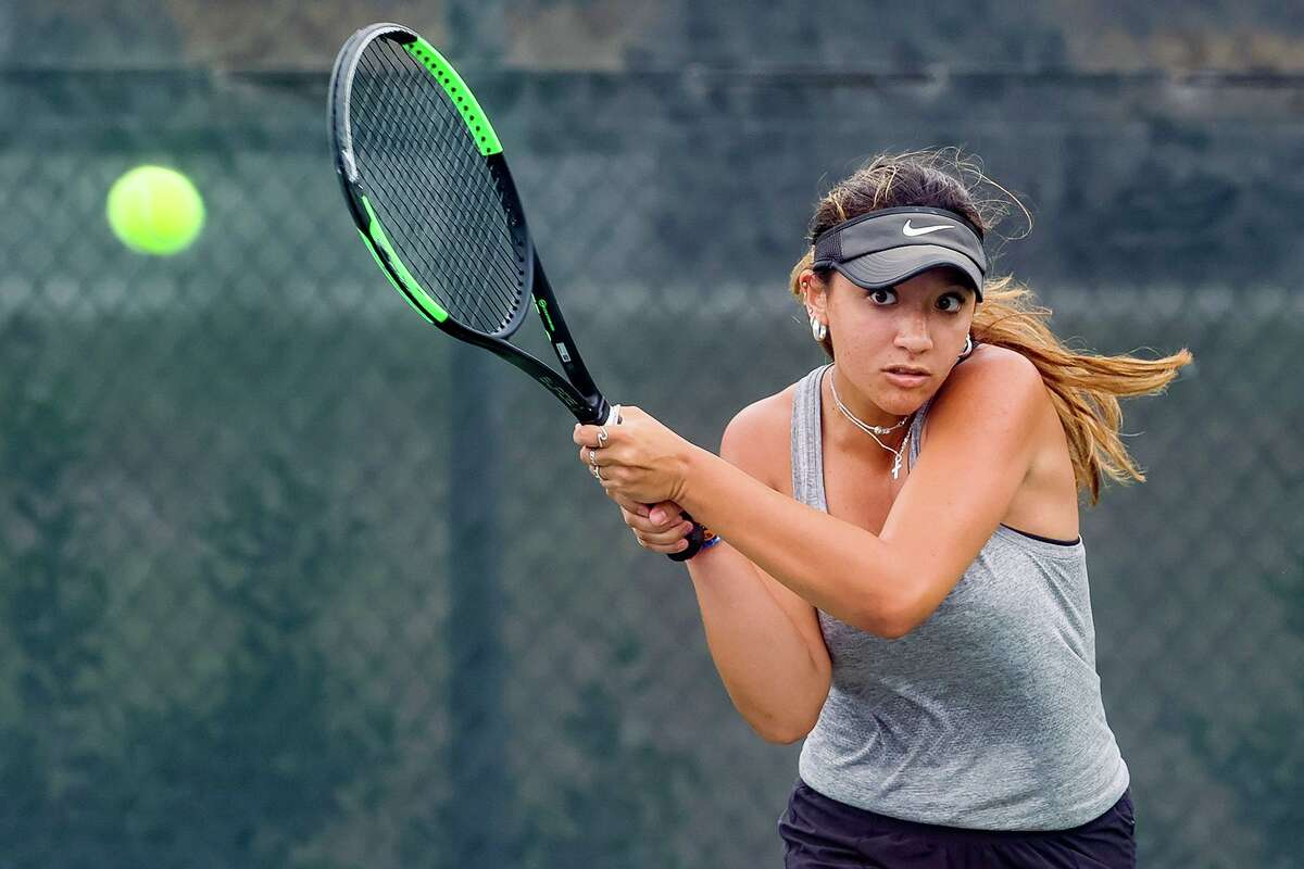 Boerne Champion's Amber Lewis competes in girls singles in the Class 5A regional tennis finals at the NEISD Tennis Center on Wednesday, April 28, 2021. Lewis defeated Rio Grande City's Kayla Pena 6-7 (0-7), 7-5 6-2 to win the title.