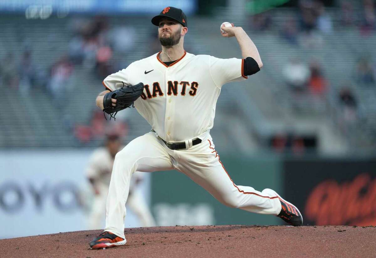 SAN FRANCISCO, CALIFORNIA - APRIL 28: Alex Wood #57 of the San Francisco Giants pitches against the Colorado Rockies in the first inning at Oracle Park on April 28, 2021 in San Francisco, California. (Photo by Thearon W. Henderson/Getty Images)