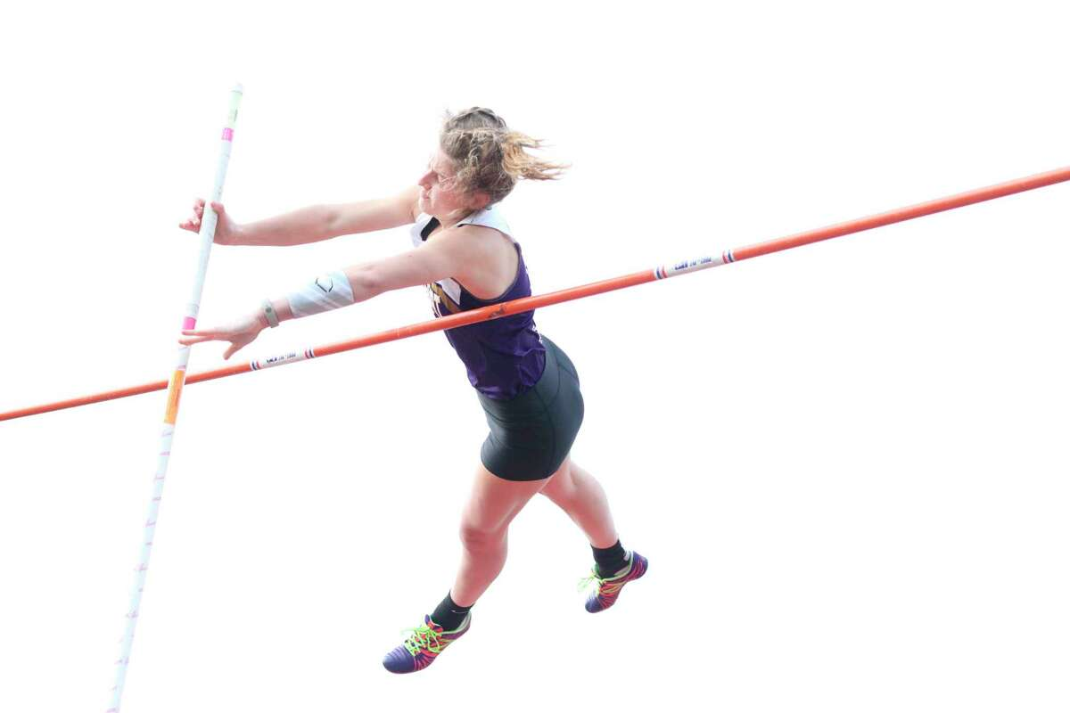 Tara Townsend matches her old record of 11-feet, 4-inches in the pole vault on April 28. (Robert Myers/Record Patriot)