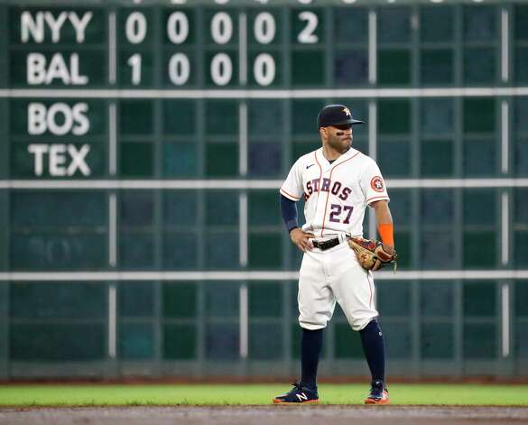 Houston Astros second baseman Jose Altuve (27) on the field during the third inning of an MLB baseball game at Minute Maid Park, Thursday April 29, 2021, in Houston. Photo: Karen Warren, Staff Photographer / @2021 Houston Chronicle