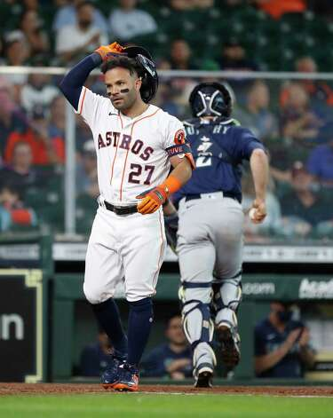 Houston Astros Jose Altuve (27) reacts after striking out against Seattle Mariners starting pitcher Yusei Kikuchi during the sixth inning of an MLB baseball game at Minute Maid Park, Thursday April 29, 2021, in Houston. Photo: Karen Warren, Staff Photographer / @2021 Houston Chronicle