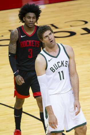 Milwaukee Bucks center Brook Lopez (11) reacts to a call during the third quarter of an NBA game between the Houston Rockets and Milwaukee Bucks on Thursday, April 29, 2021, at Toyota Center in Houston. Photo: Mark Mulligan/Staff Photographer / © 2021 Mark Mulligan / Houston Chronicle