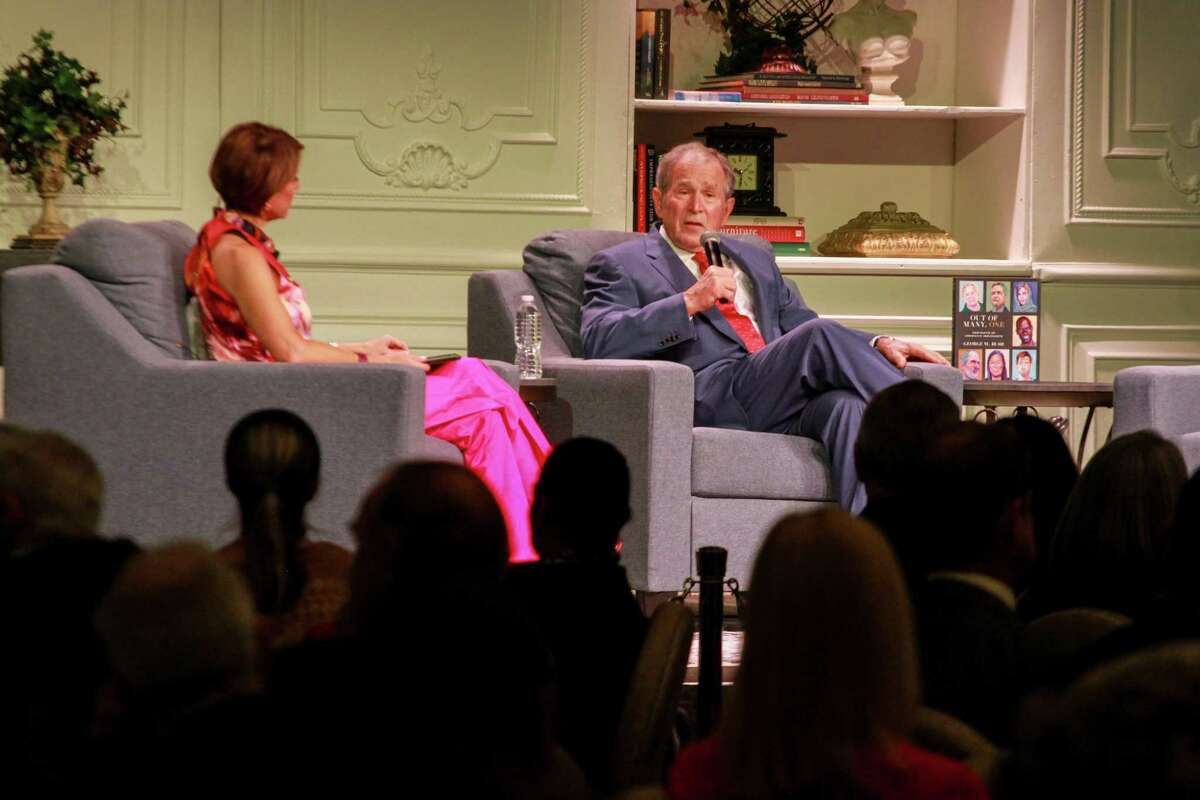 Dominque Sachse interviewing George W. Bush at the Celebration of Reading in Houston on April 29, 2021.