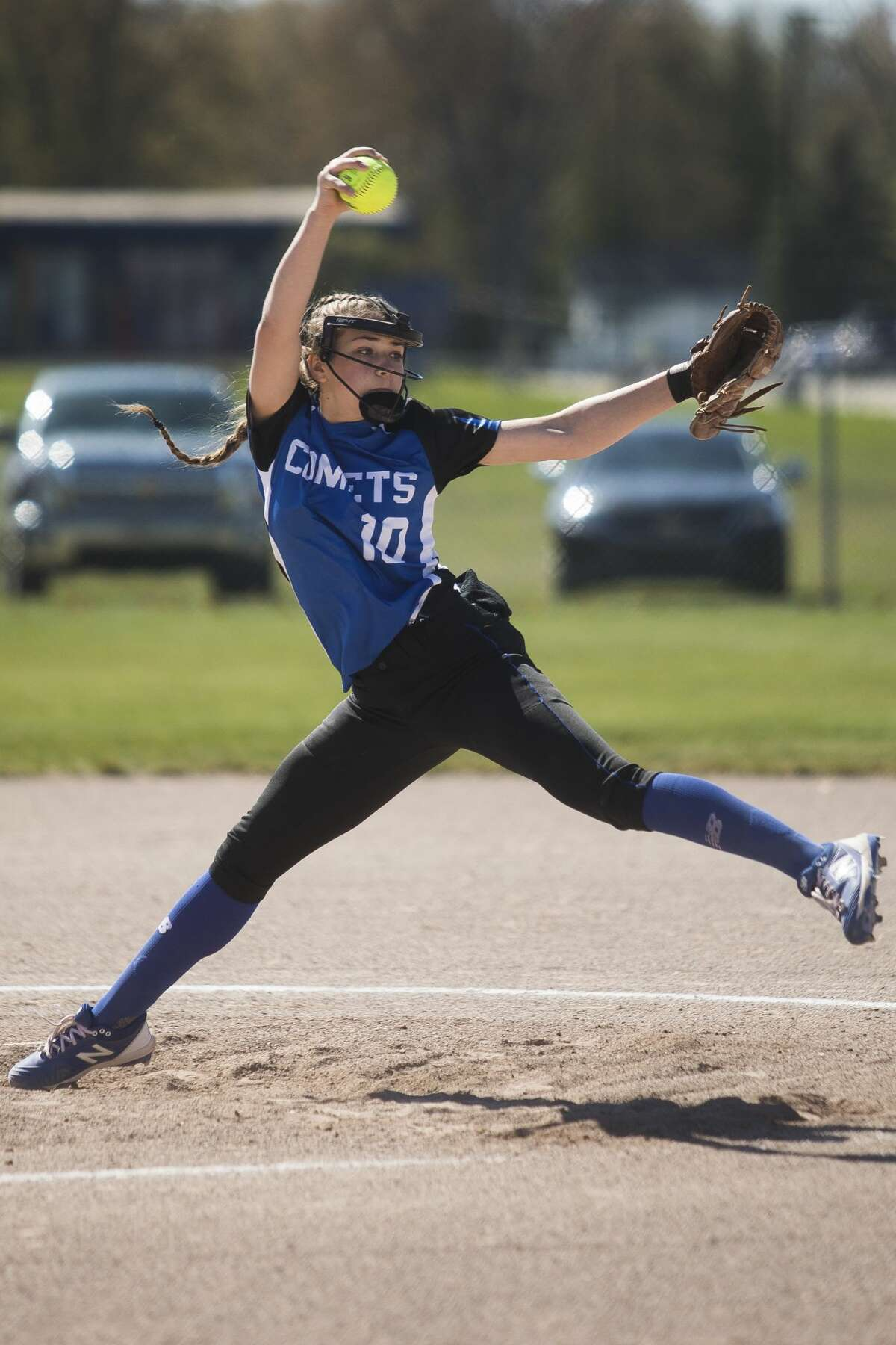Coleman's Maddy Miller pitches the ball during a game against Sacred Heart Friday, April 30, 2021 at Coleman High School. (Katy Kildee/kkildee@mdn.net)