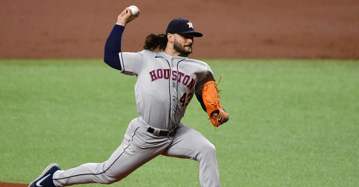 ST PETERSBURG, FLORIDA - APRIL 30: Lance McCullers Jr. #43 of the Houston Astros throws a pitch during the first inning against the Tampa Bay Rays at Tropicana Field on April 30, 2021 in St Petersburg, Florida. (Photo by Douglas P. DeFelice/Getty Images)
