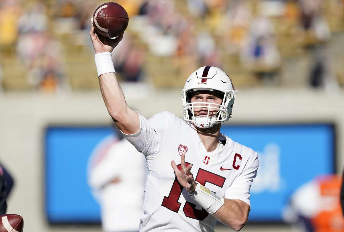 Davis Mills #15 of the Stanford Cardinal warms up prior to the start of their NCAA football game against the California Golden Bears at California Memorial Stadium on November 27, 2020 in Berkeley, California. (Photo by Thearon W. Henderson/Getty Images)