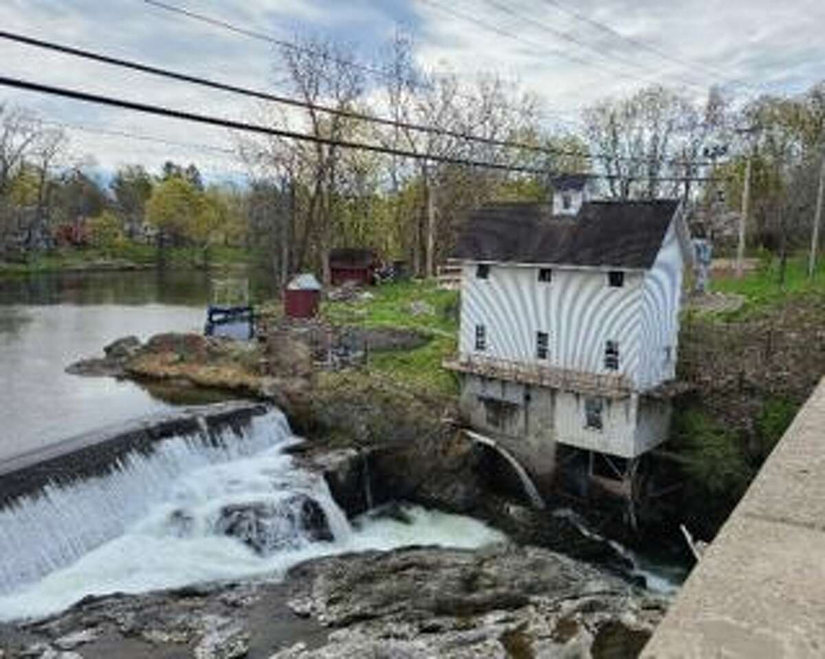 The Valatie Falls hydroelectricity plant is back on line in 2021.