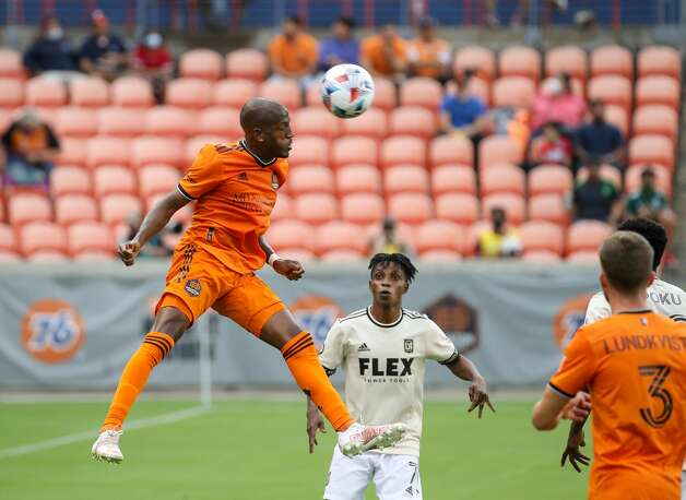 Houston Dynamo FC forward Fafa Picault (10) headers the ball to a teammate during the first half of an MLS match against the Los Angeles FC at BBVA Stadium on Saturday, May 1, 2021, in Houston. Photo: Godofredo A Vásquez/Staff Photographer / © 2021 Houston Chronicle