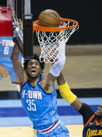 Houston Rockets center Christian Wood (35) dunks during the third quarter of an NBA game between the Houston Rockets and Golden State Warriors on Saturday, May 1, 2021, at Toyota Center in Houston. Photo: Mark Mulligan/Staff Photographer / © 2021 Mark Mulligan / Houston Chronicle