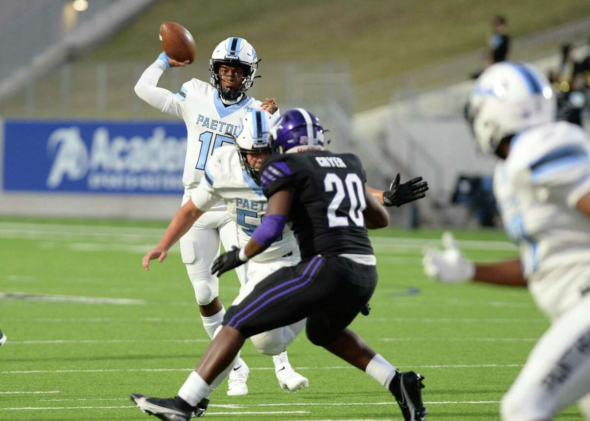 CJ Dumas Jr (15) of Paetow releases a pass during the first half of a non-conference football game between the Paetow Panthers and the Morton Ranch Mavericks on Friday, October 2, 2020 at Legacy Stadium, Katy, TX.