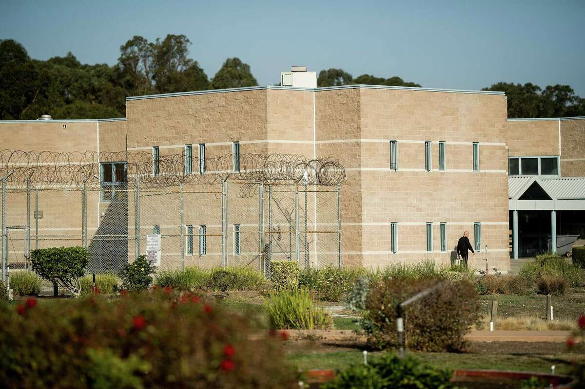 According to data collected by the California Board of State and Community Corrections, 41 inmates at the West County Detention Facility in Richmond had tested positive for the coronavirus before Aug. 7. Contra Costa County has since reported 115 locally incarcerated people with the virus, one of the reasons the county issued a new health order governing emergency responders Friday.