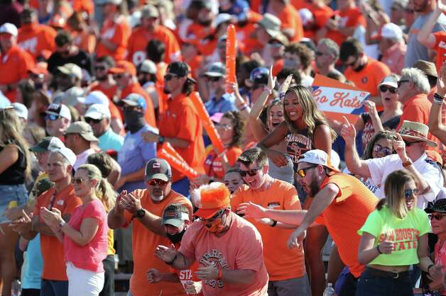 Sam Houston State fans celebrate the Bearkats 24-20 win over North Dakota State in a quarterfinal game in the NCAA FCS football playoffs again North Dakota State on Sunday, May 2, 2021, in Huntsville. Photo: Brett Coomer, Staff Photographer / © 2021 Houston Chronicle