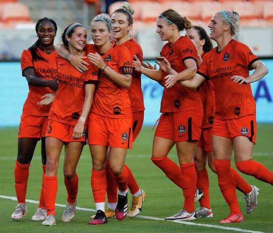HOUSTON, TX - MAY 2: Houston Dash midfielder Shea Groom (6) celebrate with forward Rachel Daly (3 and forward Nichelle Prince (8) after scoring in the first half during a women's soccer game at BBVA Stadium May 2, 2021 in Houston, Texas. (Photo by Bob Levey/Contributor) Photo: Bob Levey, Houston Chronicle / 2021 Bob Levey