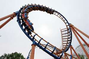370794 09: A rollercoaster makes a loop at Six Flags Amusement Park June 9, 2000 in Agawam, MA. Six Flags New England opened in May 2000, making the theme park the largest in the Northeast. (Photo by Darren McCollester/Newsmakers)