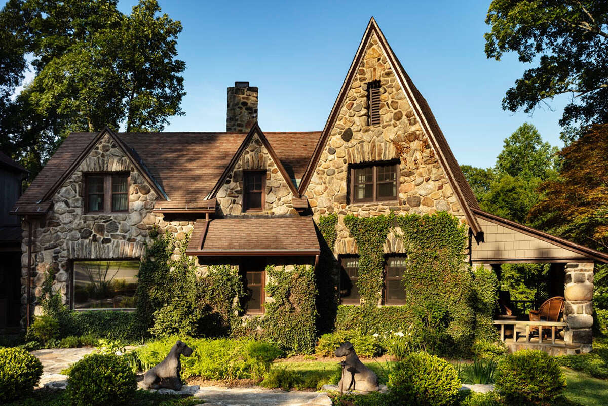 English Cotswold cottage at 38 Glen Hill Road, Redding.