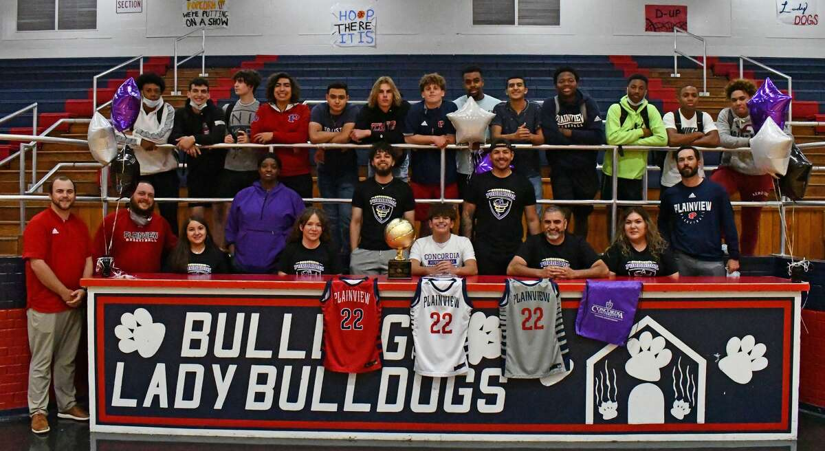 Plainview's Adolfo Martinez signed his letter of intent to play basketball collegiately at Concordia University Texas.
