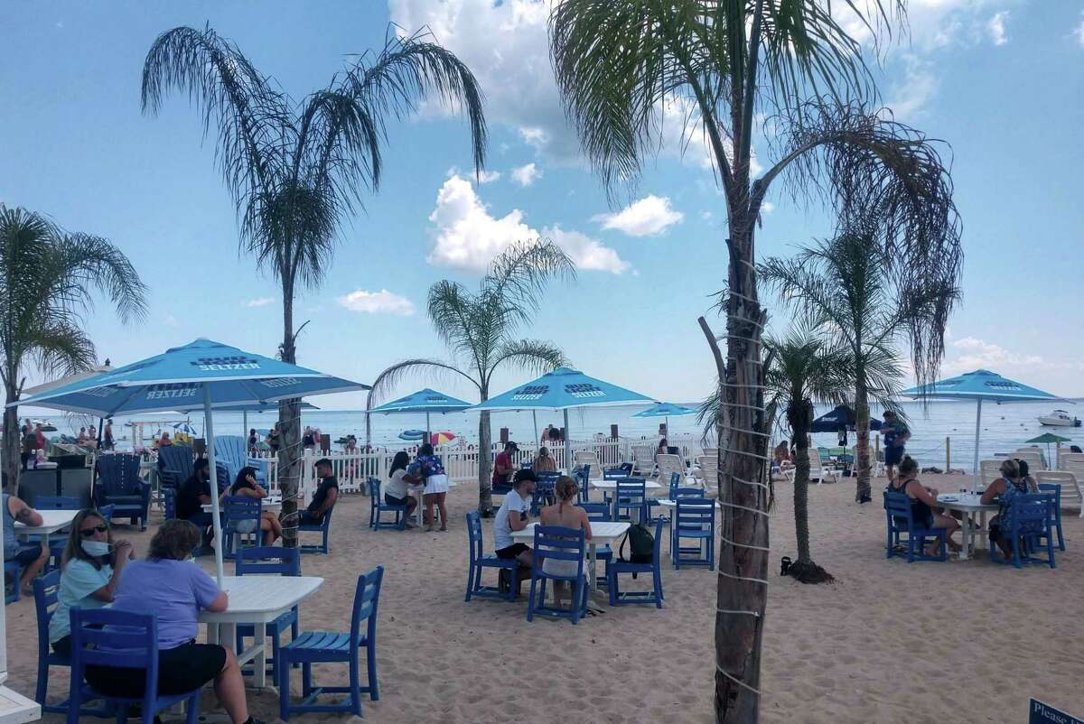 Beachfront dining at Kokomo's Restaurant in Old Lyme