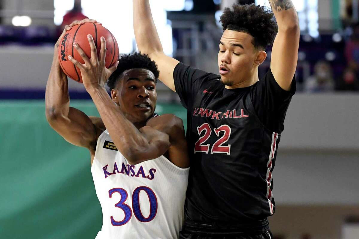 Jordan Hall (right) won't be transferring to Texas A&M after having a change of heart and will stay at Saint Joseph's.