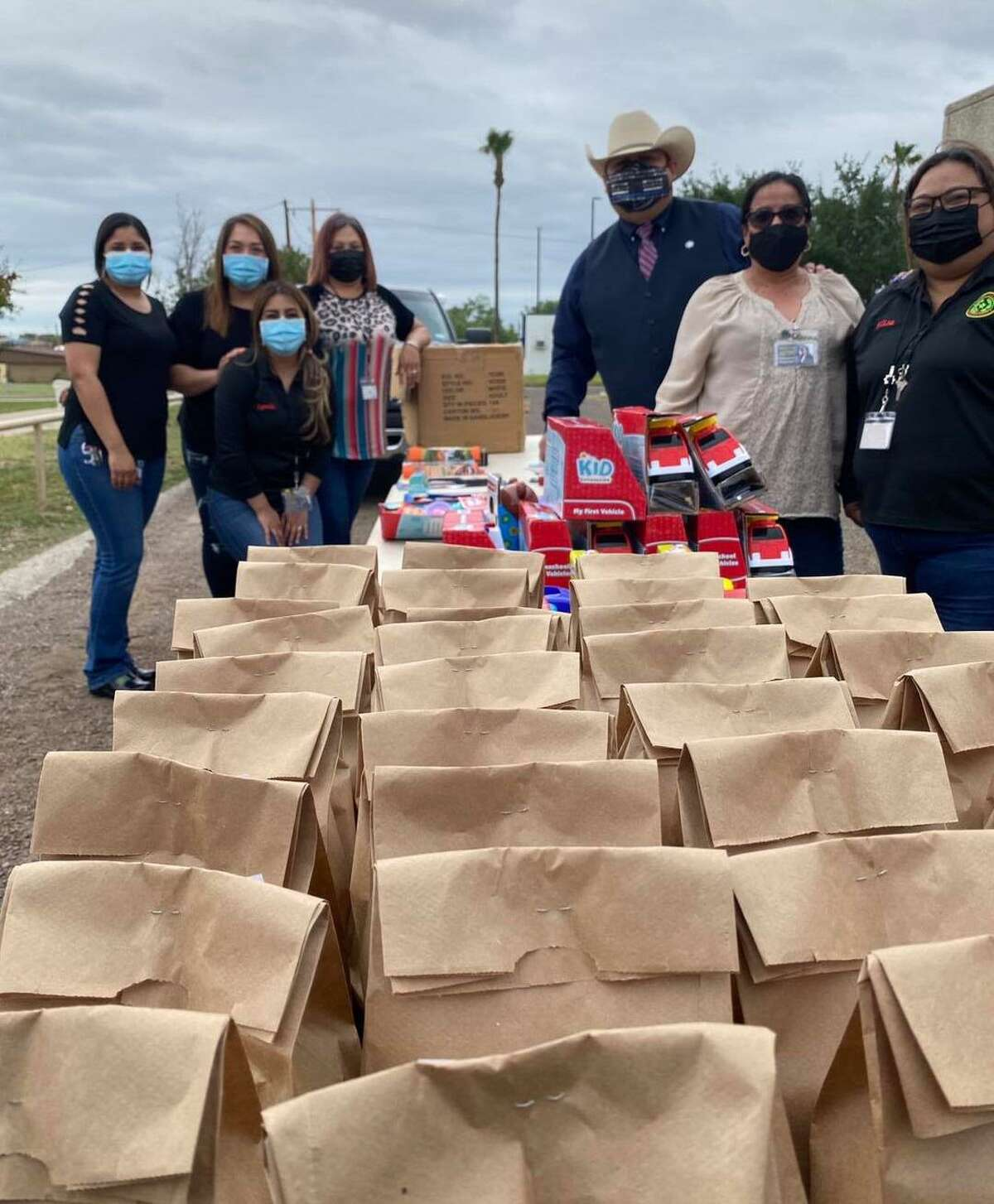 Children were in for a special treat by the Zapata County Sheriff's Office in celebration of Día Del Niño.