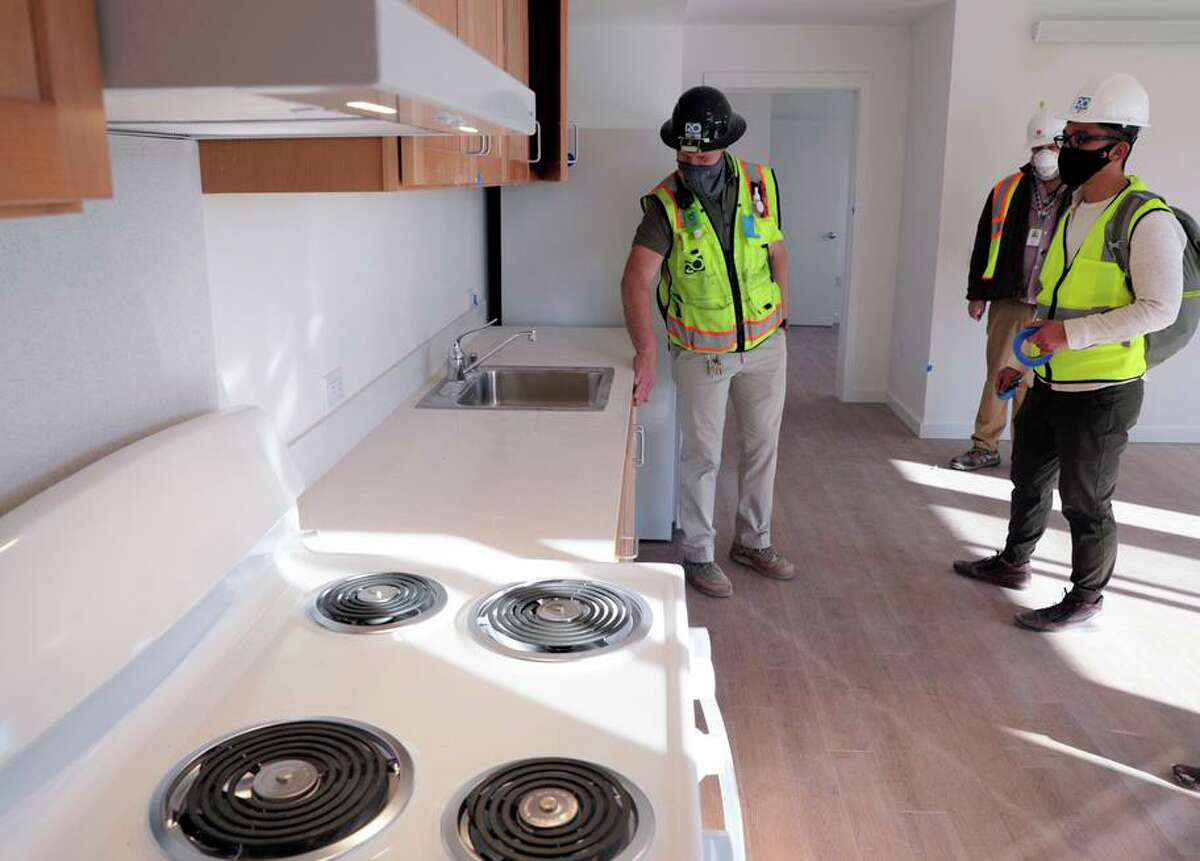 A San Francisco apartment is outfitted with electric appliances rather than natural gas for less impact on the climate.