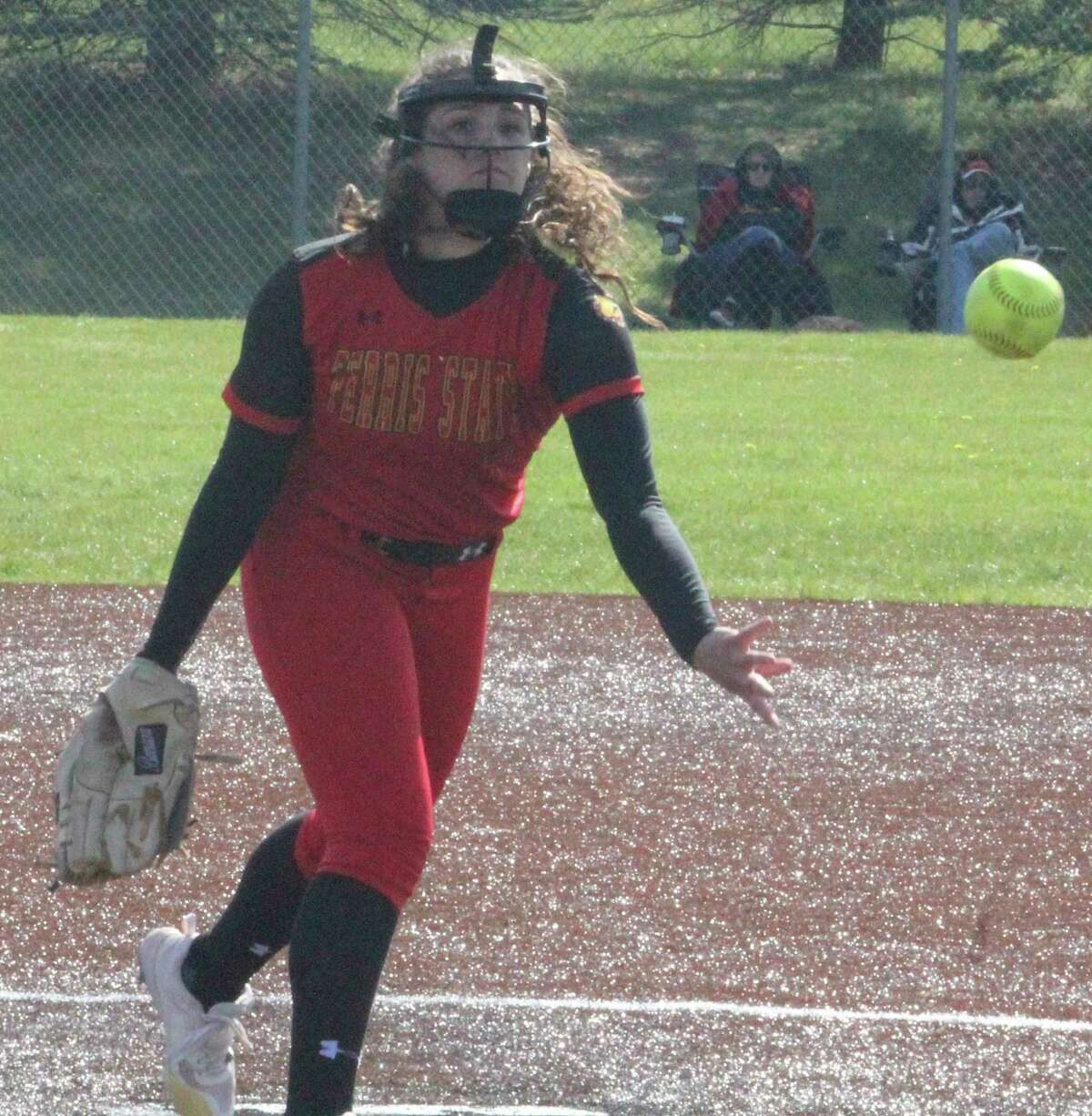Ferris' Kylie Masko has taken advantage of being able topitch with either arm for the Bulldogs. (Pioneer photo/John Raffel)