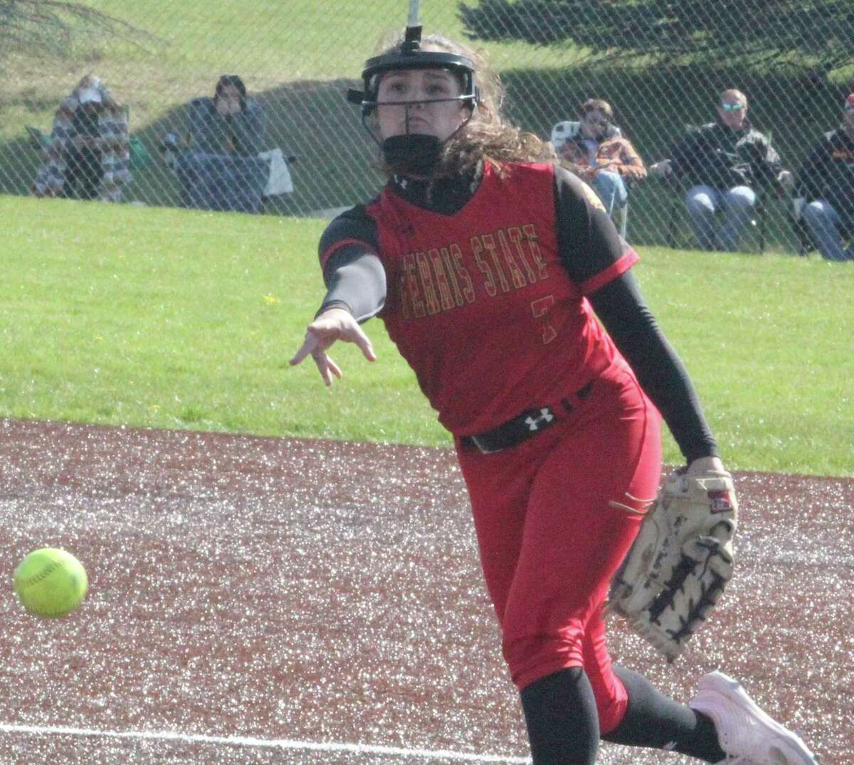 Ferris' Kylie Masko has taken advantage of being able topitchwith either arm for the Bulldogs. (Pioneer photo/John Raffel)