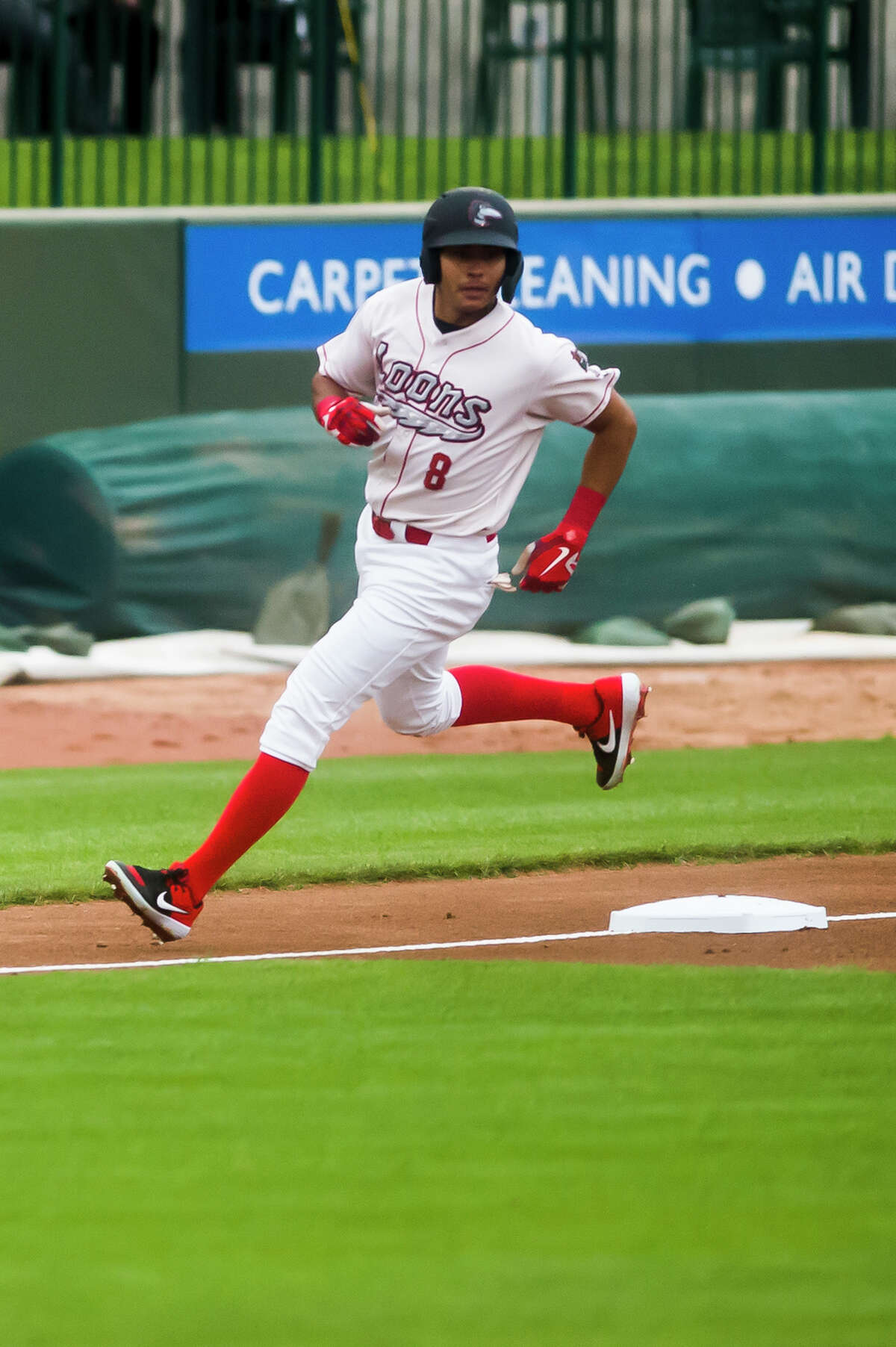 Leonel Valera, shown in a file photo,hit his second grand slam of the season on Sunday during the Great Lakes Loons' doubleheader sweep of the Lake County Captains at Dow Diamond. (Katy Kildee/kkildee@mdn.net)