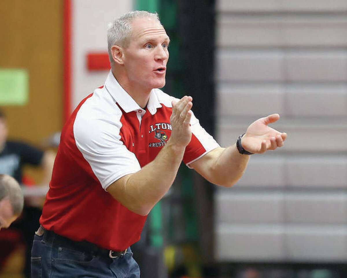 Alton wrestling coach Eric Roberson will debut his 2021 Redbirds squad in a triangular with CM and Roxana on Thursday in Bethalto.