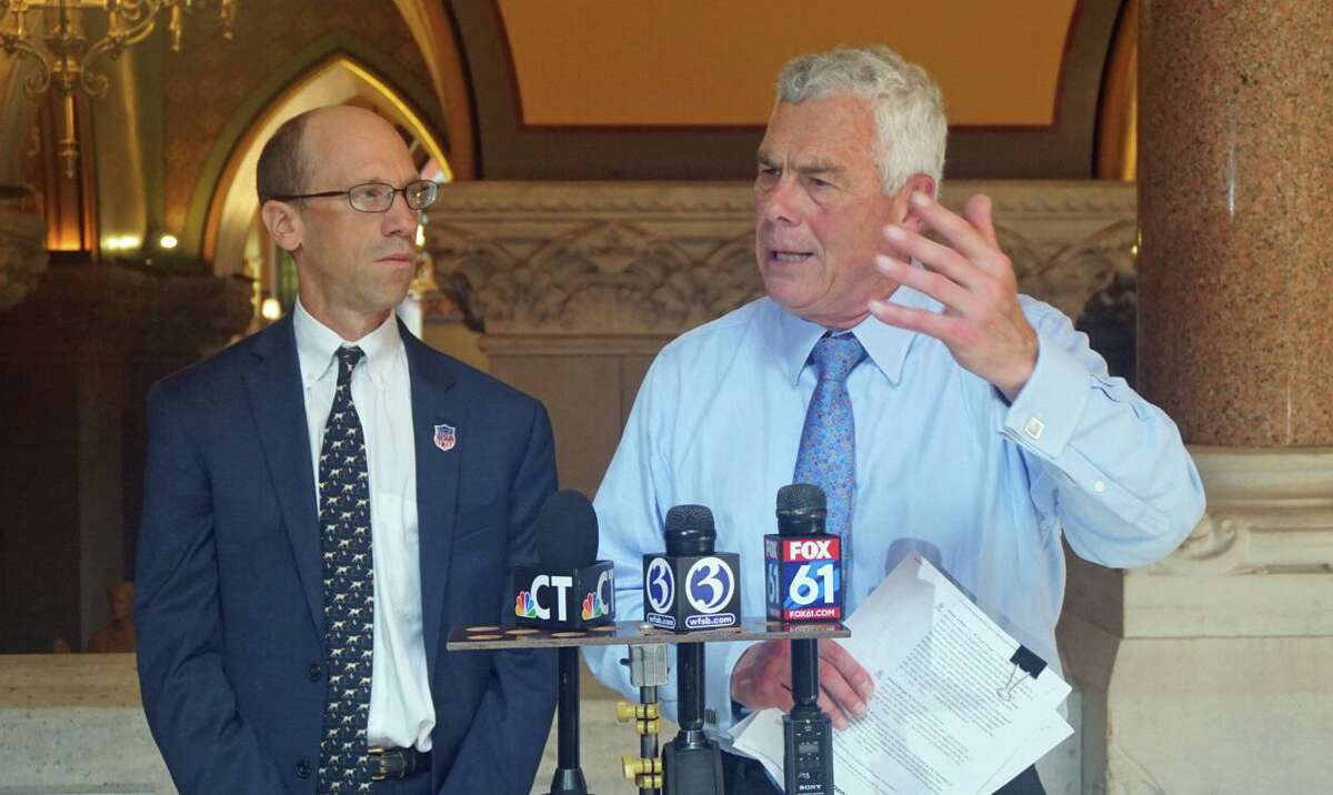 Monte Frank, left, with Oz Griebel, who made an independent bid for the governor's office in 2018 by petitioning onto the ballot.