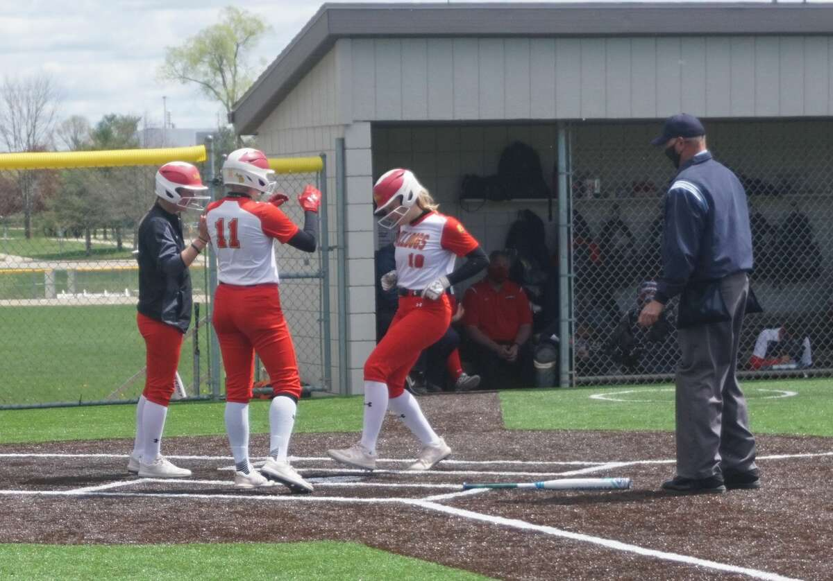 Ferris State's softball team split Wednesday's doubleheader season finale with Saginaw Valley State.