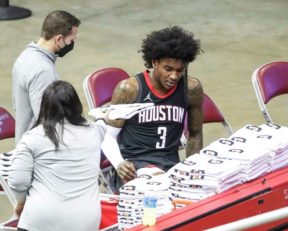 Rockets guard Kevin Porter Jr. left Wednesday's game against the 76ers early in the second half.