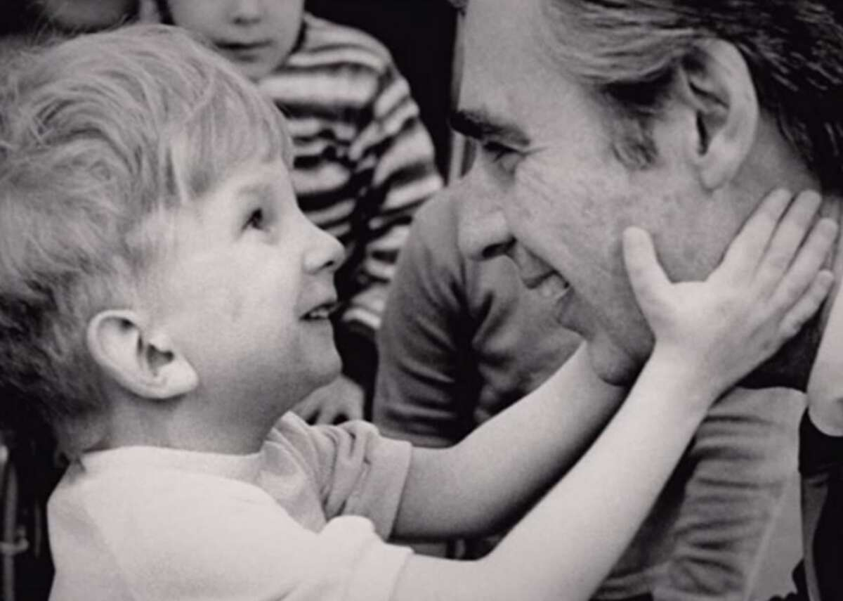 Won't You Be My Neighbor? (2018) - Where to watch: HBO Max - Director: Morgan Neville - IMDb user rating: 8.4 - Metascore: 85 - Runtime: 95 minutes This documentary is an exploration into the life of children's television pioneer Fred Rogers and features interviews with his wife, Joanne, and their two sons, John and James. The film trailer debuted on what would have been Fred Rogers' 90th birthday.