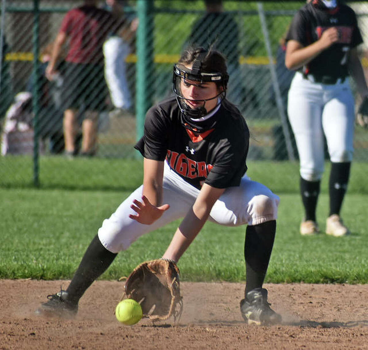 Edwardsville shortstop Tatum VanRyswyk makes a play on a grounder in the third inning against Columbia on Wednesday inside the District 7 Sports Complex.