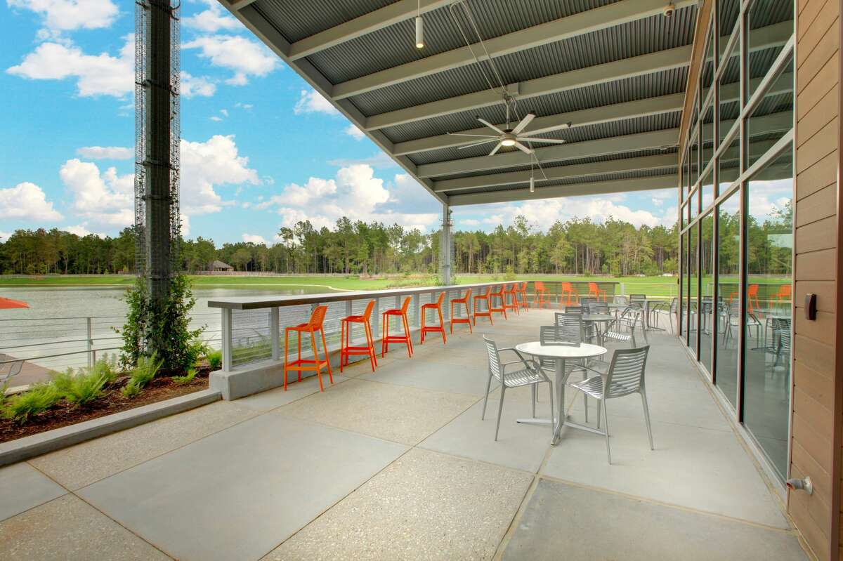 Palate Café offers fresh foods, indoor and outdoor seating and views of Artavia's 5-acre lake.