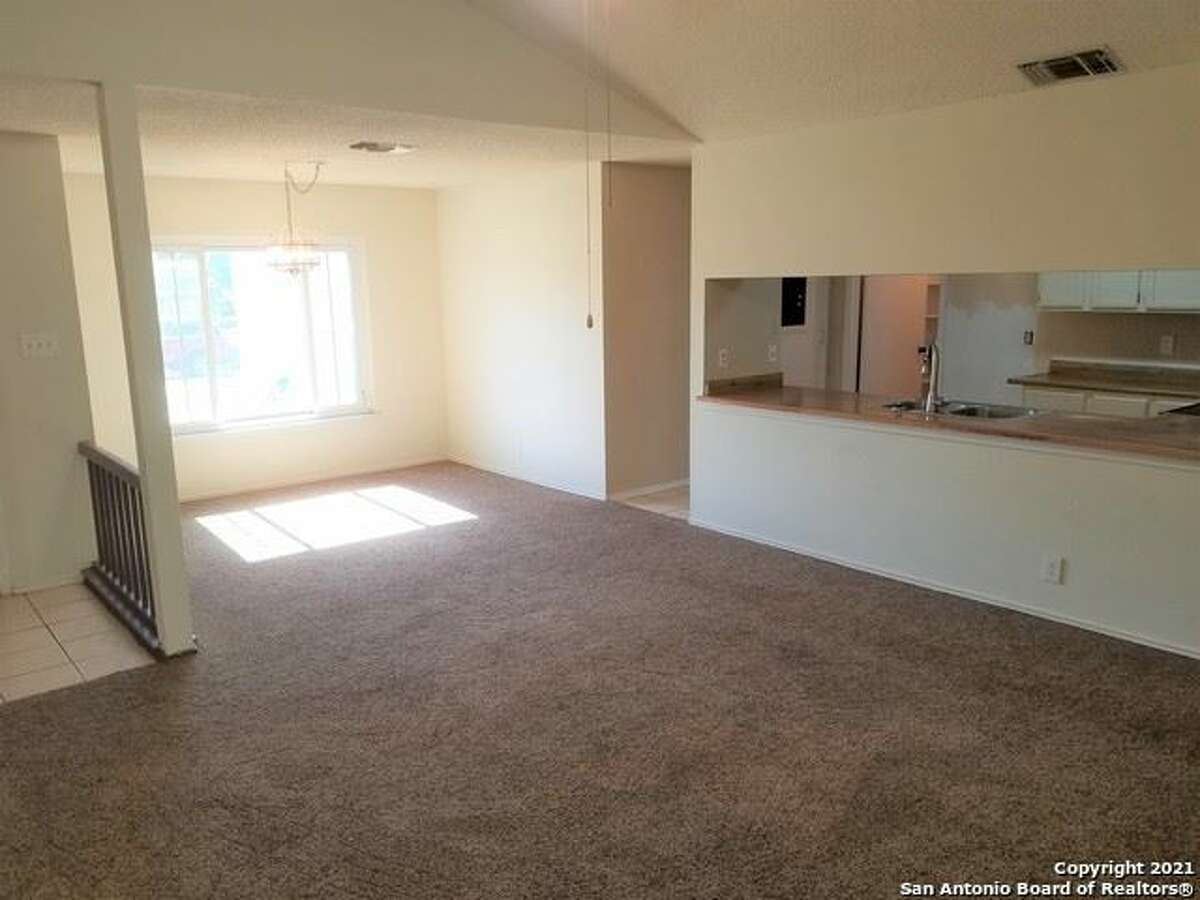 SAN ANTONIO COTTAGE 10239 Canton Field $153,000 Three bedroms and two full baths in 1,165 square feet.